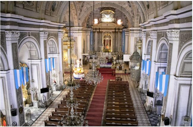 ATTRACTIONS IN MANILA